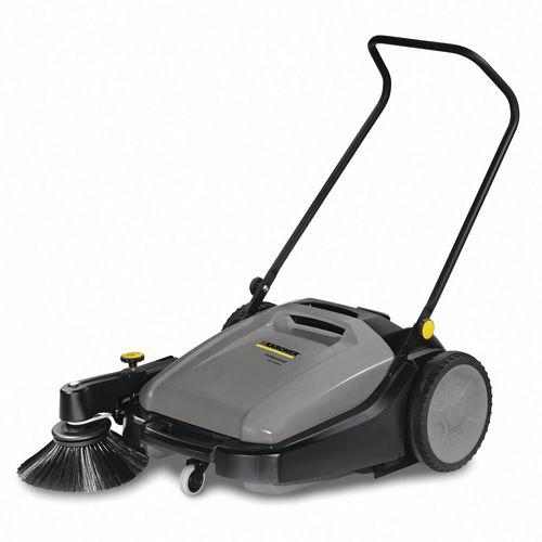 Km70/20 Manual Sweeper