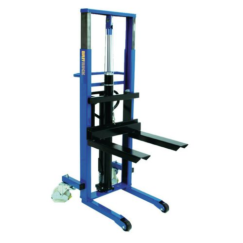 250 Kg Hydraulic Stacker Fork Height 2450mm With Wrapover Forks