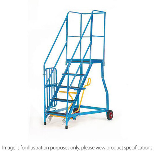 Heavy Duty Warehouse Steps Rubber 7 Treads Max Height 2.61M Platform Height 1.61M