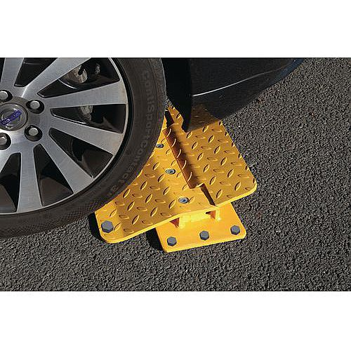 Surface Mounted Flow Plates To Suit Tarmac Surfaces