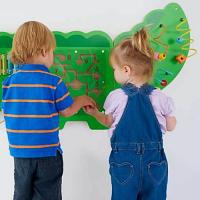 Crocodile Manipulative Fine Motor Wall Panel - W34cm x L175cm - Encourage Hand-Eye Co-Ordination - Educational Toy - Colour: Green